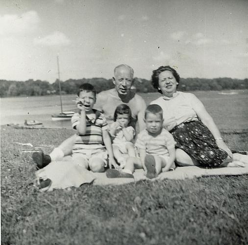 A Picnic at Reeds Lake