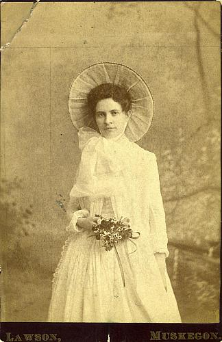 Josephine Ahnefeldt Wedding Portrait