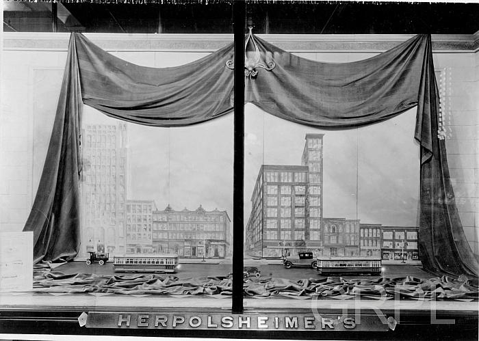 Streetcar Models in Herpolsheimer's Windows