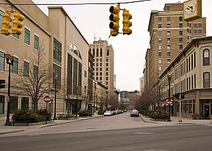 Monroe and Division, 2009 (2)